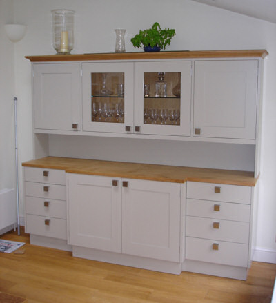 Modern style dresser in Oak and painted finish